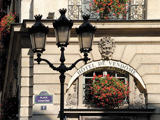 Hotel-de-Vendome-exterior-2