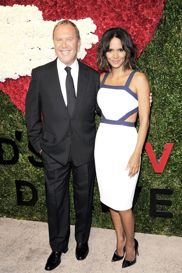 Michael Kors & Halle Berry The 8th Annual Golden Heart Awards at Spring Studios honored Anna Wintour - glwd.org