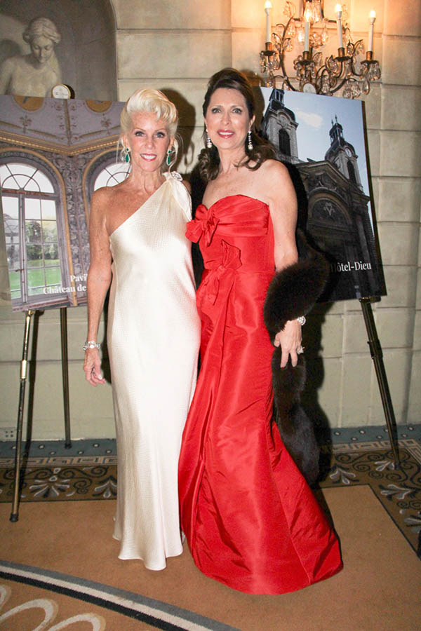 Co-Chairs CeCe Black & Ann Van Ness French Heritage Society Gala at the Pierre Hotel honored Hermès International and Timothy Corrigan - frenchheritagesociety.org
