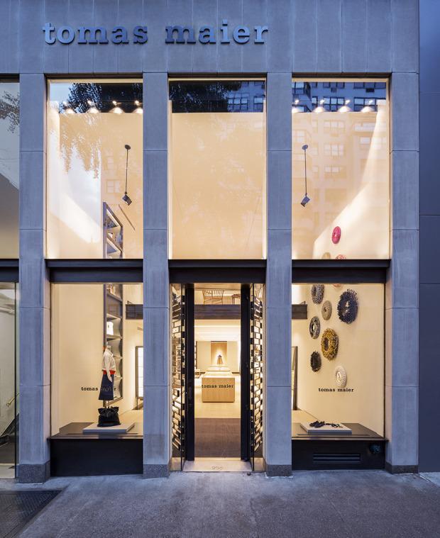 956 Madison Avenue NY, NY 10021 212.988.8686 tomasmaier.com