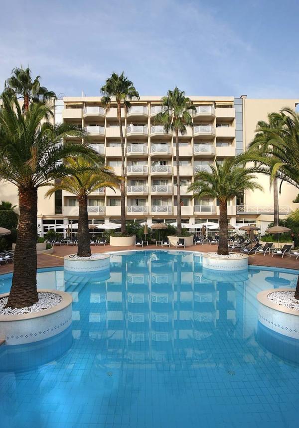 The ac hotel ambassadeur antibes juan les pins resident for Hotels juan les pins