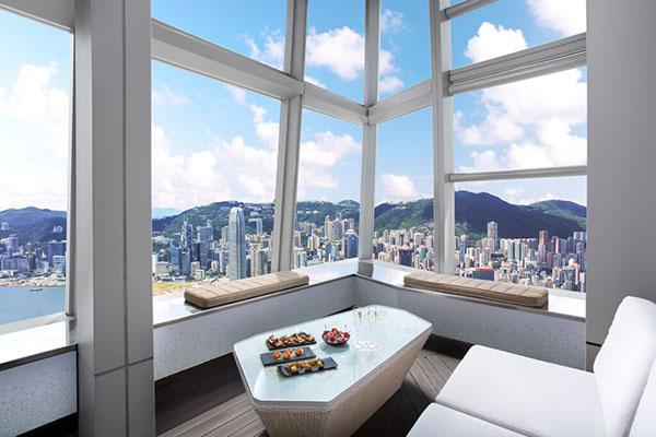 Ozone Bar, courtesy Ritz Carlton Hong Kong