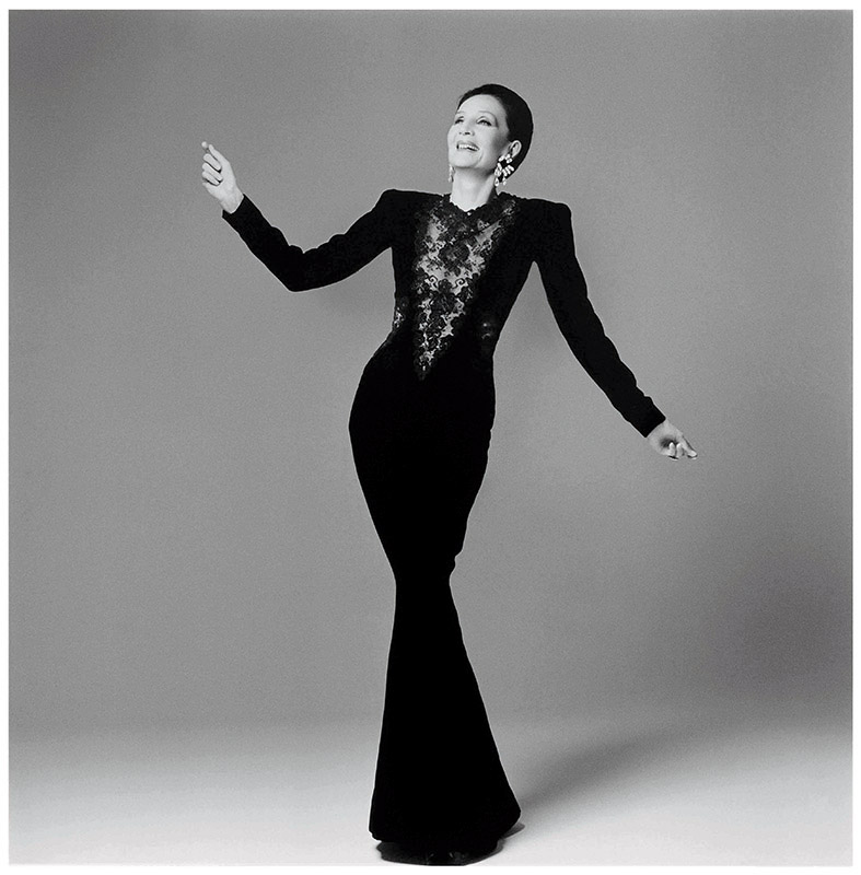 03. Jacqueline de Ribes by Francesco Scavullo copy