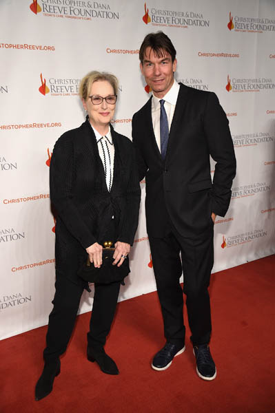 "NEW YORK, NY - NOVEMBER 17: Actors Meryl Streep and Jerry O'Connell attend the Christopher & Dana Reeve Foundation hosts ""A Magical Evening"" at Cipriani Wall Street on November 17, 2016 in New York City. (Photo by Bryan Bedder/Getty Images for The Christopher & Dana Reeve Foundation)"