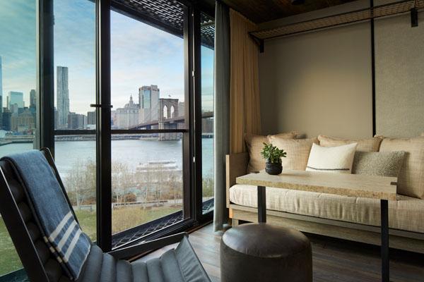 1_Hotel_Brooklyn_Bridge_King_Seating_HI