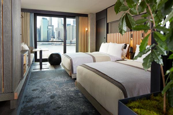 1_Hotel_Brooklyn_Bridge_Skyline_Two_Bed1_HI